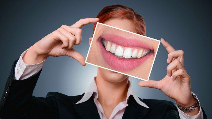Popularne zabiegi stomatologiczne